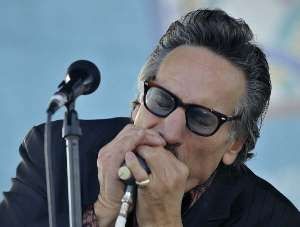 Rick Estrin, photo by Ian Williams